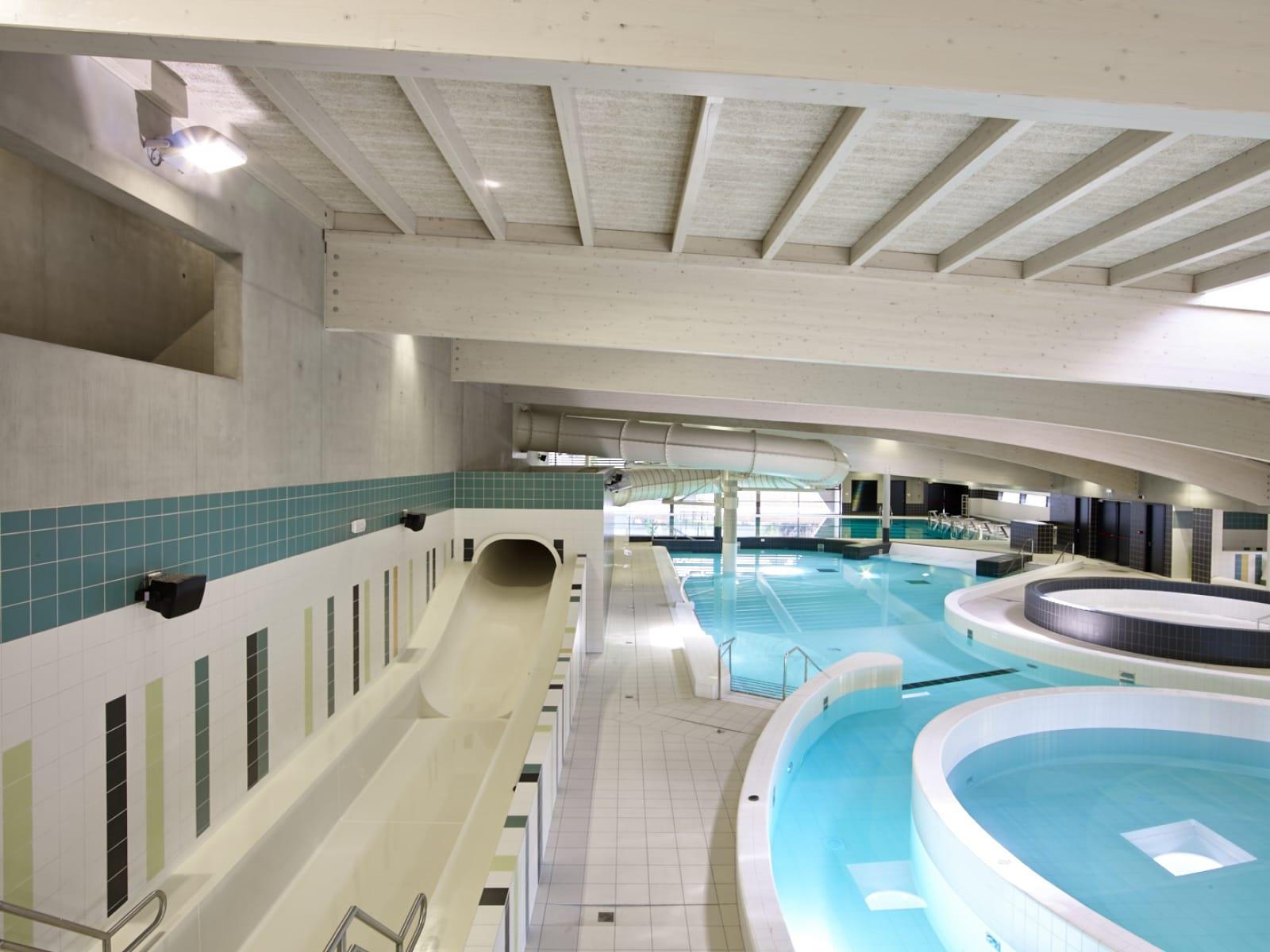 Zwembad poperinge realisatie bouwbedrijf furnibo nv